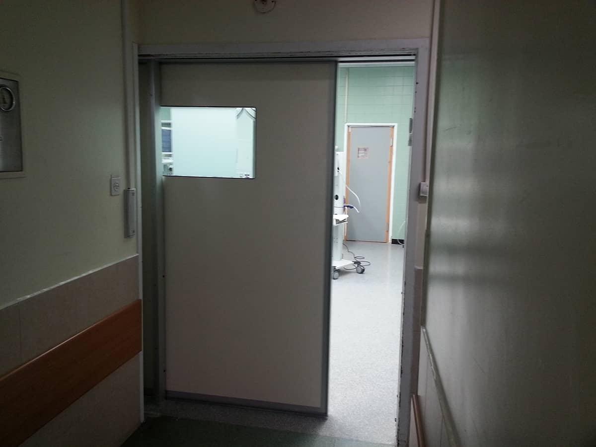 דלת הרמטית לבית חולים