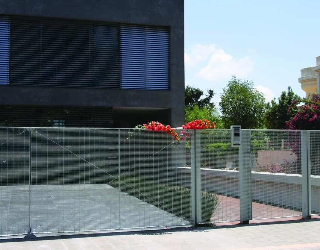 שער לבית פרטי