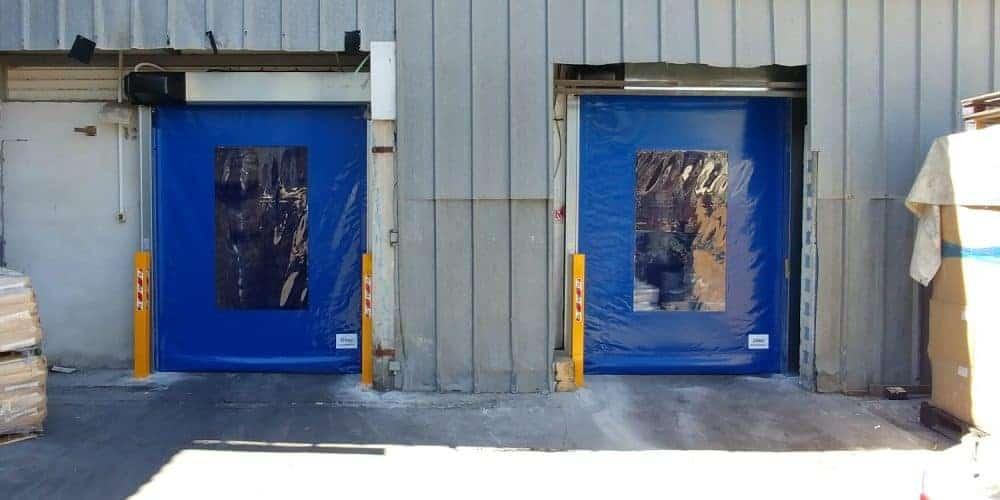 דלתות מהירות מ-PVC